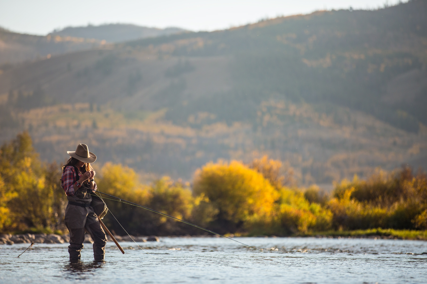 woman-fly-fishing-colorado